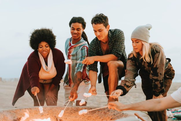 activity-beach-bonfire-1531683